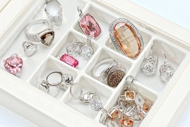 Avoid Jewelry Stones Scratches while Storing