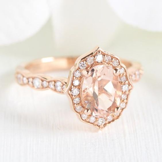 oval-engagement-ring-thin-band